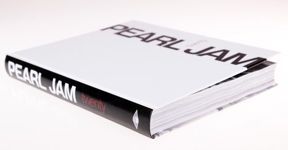 książka PEARL JAM - TWENTY