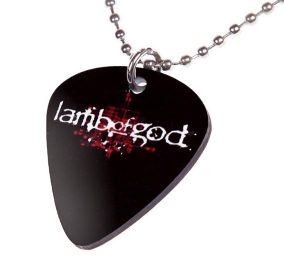 wisior kostka gitarowa LAMB OF GOD